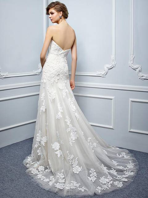 Beautiful Collection 2017 | Wedding Gowns,Veils,Jewellery |Port ...